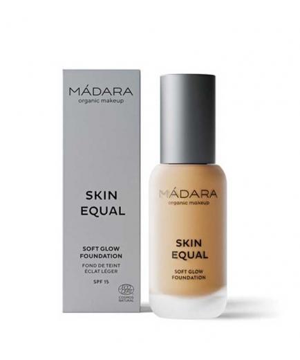 Mádara - Skin Equal Foundation - 50: Golden Sand